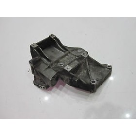 Compressor support of air conditioning / Accessories support for  Audi A4 / A6  VW Passat 1.8 150 cv ref 058260885C