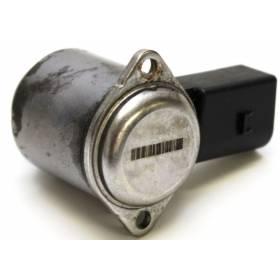 Gyroscope / capteur à effet gyroscopique / convertisseur pour crémaillère avec servotronic ref 4F0998317A