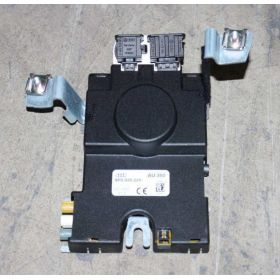 Amplifier of aerial for Audi A3 8P ref 8P0035225B
