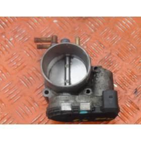 Boitier ajustage / Unité de commande du papillon Audi A6 V6 2.7 4.2 ref 078133062E Bosch 0280750218