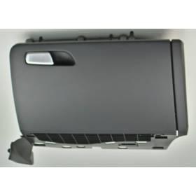 Boite à gants coloris noir pour Audi Q5 ref 8R1857035D / 8R1857035E