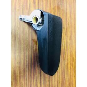 Accoudoir d'origine en tissu coloris noir pour VW Golf 4