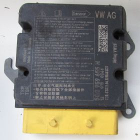Calculateur airbag Audi VW ref 5Q0959655N