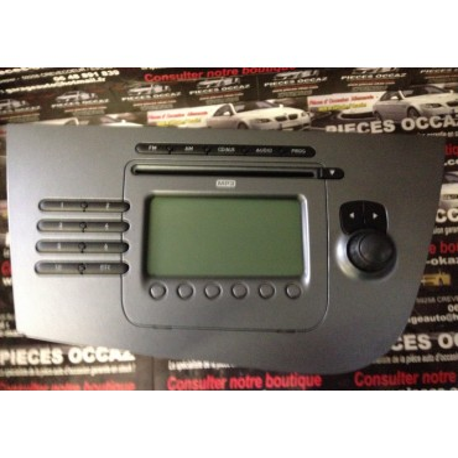 Autoradio cd pour Seat Leon 2 ref 1P1035186B / 1P1035186BX