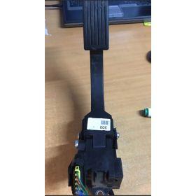 Pédale accélérateur avec potentiomètre Kia sorento 2.5 CRDI ref 35190-4X600 156-3E400