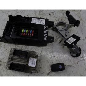 KIT COMPLET CALCULATEUR MOTEUR  FIAT GRANDE PUNTO 1.2 ref 51793104 IAW5SF3.M1