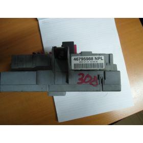 Boite à fusibles / Porte-fusible BSI  FIAT PUNTO , 46795988