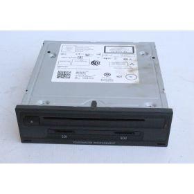 Calculateur electronique pour electronique d'info avec radio Bluetooth et SD/lecteur CD et navigateur VW ref 3Q0035864