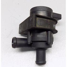 Pompe additionnelle à réfrigérant pour Audi / Seat / VW / Skoda ref 1K0965561F