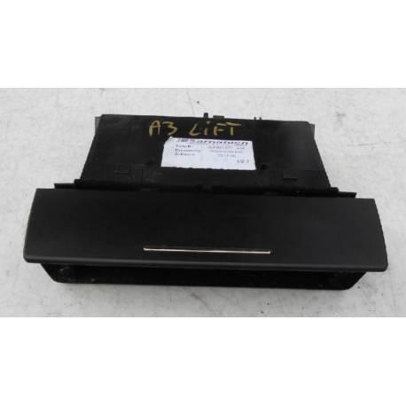 Vide-poches pour Audi A3 type 8L ref 8L0863077 8L0863077D