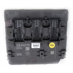 Calculateur BCM pour système confort et réseau de bord VW ref 3AA937087J 3AA937087R 5WK50450