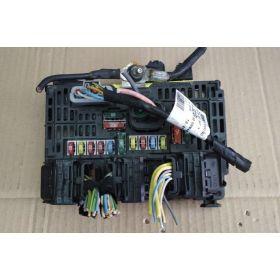 Boite à fusibles / Porte-fusible BSM PEUGEOT 407 S118983001 L 9656086080 L01