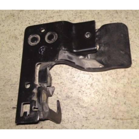 Crochet d'arrêt / tirette de capot pour Audi A3 8P ref 8P0823480