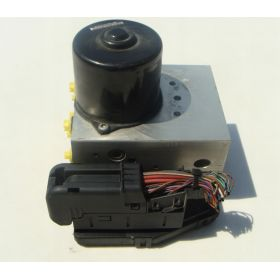 UNIT ABS  MERCEDES A2035451632 A0044310512 Q02 ATE 10.0204-0290.4 10.0947-1513.3