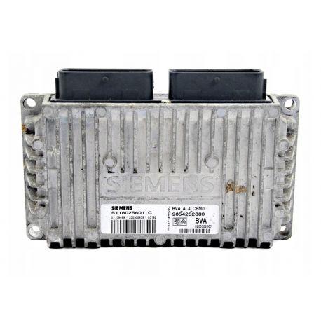 Calculateur de boite / CONTRÔLEUR DE TRANSMISSION PEUGEOT CITROEN ref S118025601C 9654232880 8200302005 PSA Siemens