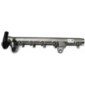 Rampe d'injection 1L6 TDI 90/105 cv ref 03L130089B