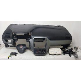 Planche de bord complète avec airbag sac gonflable ceinture pretentionneur Fiat Grande Punto