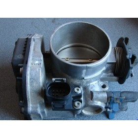 Boitier ajustage / Unité de commande du papillon pour 2L8 VR6 ref 021133064A / 021 133 064 A ref VDO: 408-237-120-001Z