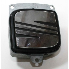 Poignée de coffre pour Seat Toledo / Leon 2 / Altea ref 5P0827565 / 5P0827565A / 5P0827565B / 5P0827565C / 5P0827565D