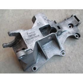 Support d'accessoires Alternateur / Compresseur / Pompe hydraulique A4  1.9 TDI 115