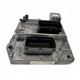 Calculateur moteur OPEL ASTRA H 1.6 12242190