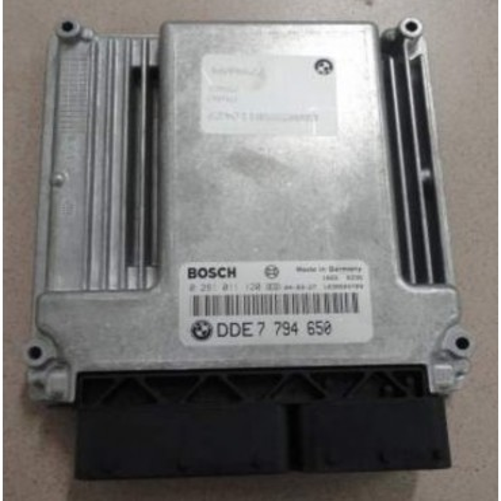 Engine Bosch control for BMW E60 / E61 ref 7795553 / 7794650 / Ref Bosch 0281011120 / 0 281 011 120